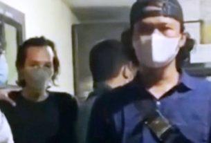 Polisi membekuk pelaku pengunggah video berisi Al Quran dibakar yang kemudian viral di media sosial di Jakarta Barat, Senin (24/5/2021).. Foto : Instagram@merekamjakarta.